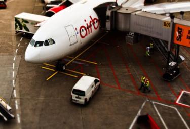 airport line marking UK