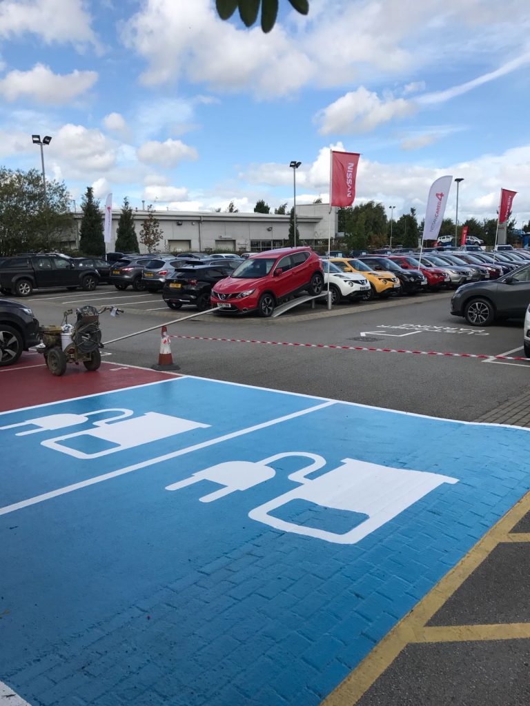 Parking bay markings for electric cars in Lincoln